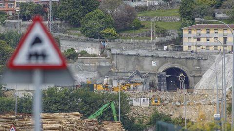 Trabajos constructivos del túnel en el emboquille de A Graña