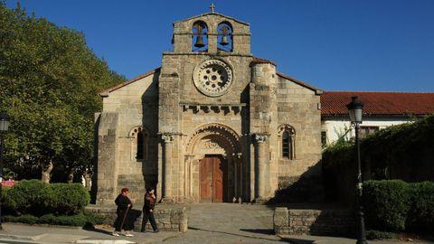 Iglesia de Santa María de Cambre.