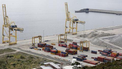 La terminal de contenedores basa su expansión en la conexión ferroviaria del puerto exterior
