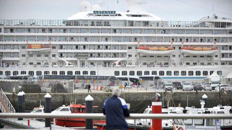El Artania, durante una escala en Ferrol hace cinco años