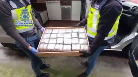 Imagen de los alijos incautados por la Policía a los dos jubilados