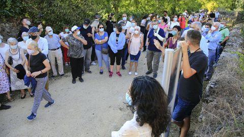 Numerosos participantes acudiron á visita guiada ao Carme