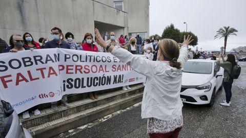 Concentración el pasado 4 de agosto en el centro de salud de Baltar, en Sanxenxo, para reclamar refuerzos de personal