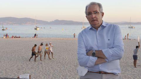 Isidro Lago Barreiro, en Sanxenxo, es el presidente del Colegio Oficial de Médicos de Pontevedra y del Consello Galego