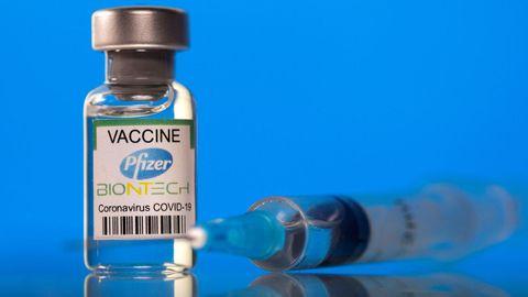 Vial de la vacuna contra el covid-19 de Pfizer-BioNTech