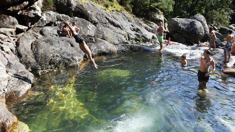 Piscinas naturales del río Pedras.