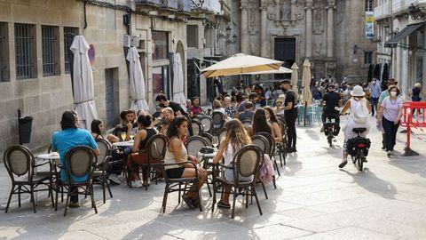 Ambiente en las terrazas del casco histórico de Ourense