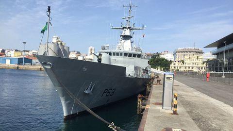 La patrullera militar William Butler Yeats, que hizo escala en A Coruña en el 2019, apresó a dos barcos gallegos en una semana, el Valle Fraga y al Punta Vixía.