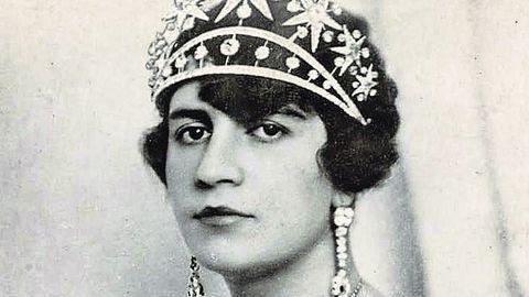 Soraya Tarzi (1899-1968), esposa del rey Amanullah. A su lado impulsó una fallida modernización de Afganistán