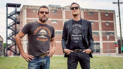 Carlos Tarque y Ricardo Ruipérez, componentes de la veterana banda de rock M Clan.