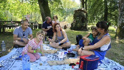 Son muchas las familias y grupos de amigos que optan por disfrutar de un pícnic en Marcelle Natureza