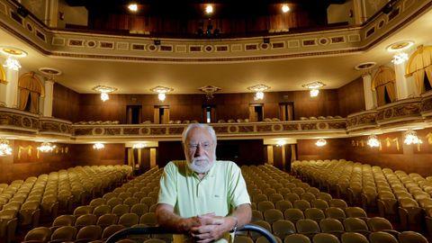 Ozores, posando en el coruñés teatro Colón, que el 10 de septiembre acogerá el estreno de «El reflejo».