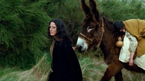 Fotograma del filme de Helena Girón y Samuel Delgado «Eles transportan a morte».