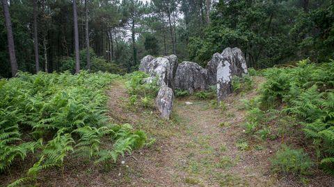 A Cova da Moura se encuentra en la parroquia de Argalo, en Noia