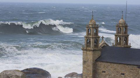 Santuario da Virxe da Barca, en Muxía.