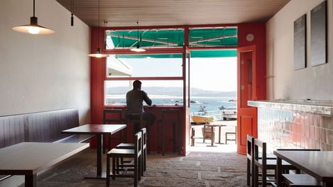 El interior del Bar do Porto que recuperó Chipperfield