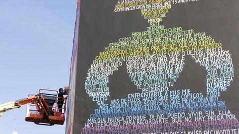 En la imagen, el grafiti de gran formato que firma Álex en el aparcamiento de Canido