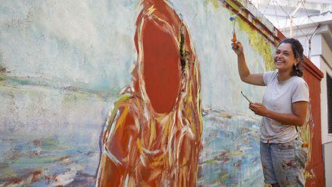 La francesa Chloe Aublet ha viajado desde Normandía (Francia) para participar en Las Meninas con un mural de estilo impresionista