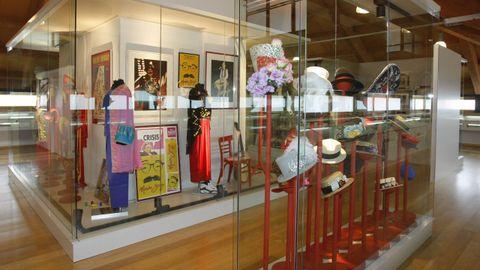 A estación de Baños de Molgas acolle o Museo Moncho Borrajo, un restaurante e un albergue