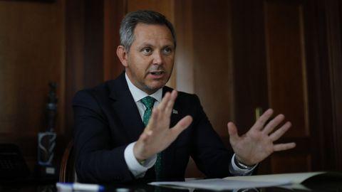 José Miñones, este viernes durante la entrevista en su despacho de la Delegación del Gobierno.