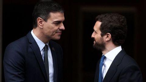 Sánchez y Casado en la Moncloa, en una imagen de archivo.