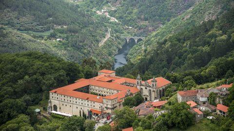 Parador de Santo Estevo de Ribas de Sil, acondicionado nun antigo mosteiro