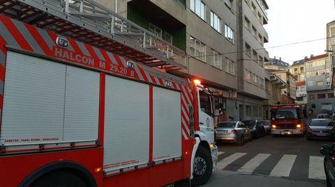 Los bomberos se desplazaron desde Chantada para sofocar el incendio