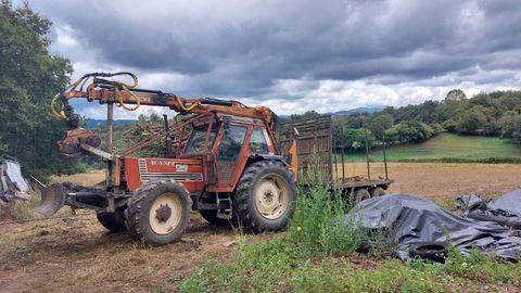 Tractor que alcanzó a la víctima en Castro de Rei