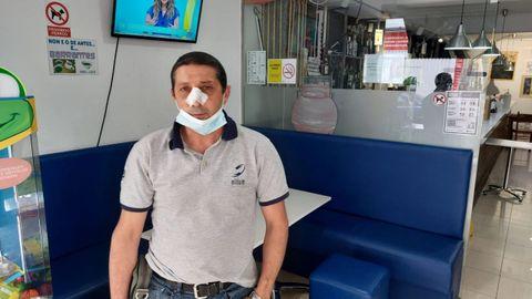 José Manuel Gómez, con la cara vendada tras la paliza sufrida.