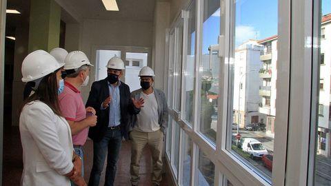 Rodríguez visitó el intituto noiés para conocer las reformas efectuadas en el centro