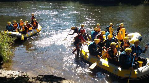 Galipark ofrece travesías de rafting por el río Ulla, entre otras muchas actividades