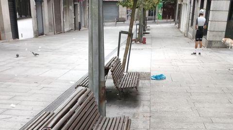 Una de las zonas donde los vecinos critican el exceso de personas de noche en fin de semana