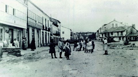 A actual avenida de Galicia das Pontes, no ano 1910