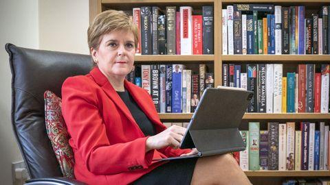Nicola Sturgeon, en su residencia en Glasgow