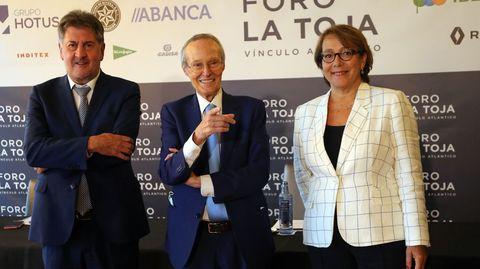 Amancio López Seijas, Josep Piqué y Carmen Martínez Castro.