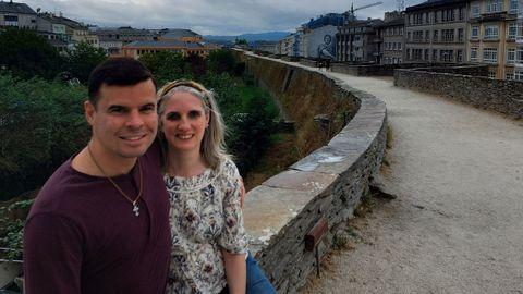 Lemual y Rachel Feliciano se conocieron en 1997 pero se asentaron en Lugo hace nueve años