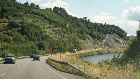 Un tramo de la carretera N-120 a la altura del kilómetro 563