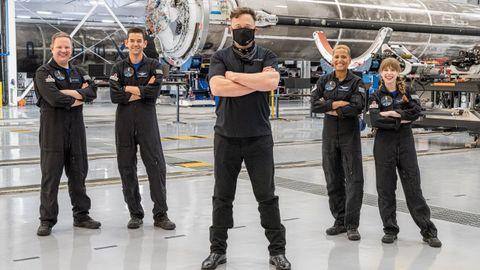 La cápsula de SpaceX despega en EE.UU. con la primera misión de civiles al espacio