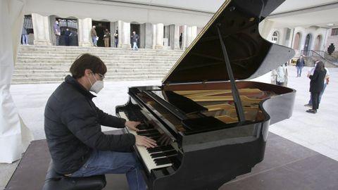 El pianista Pablo Galdo ofrecerá un concierto este domingo en Ferrol.