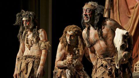 Tanxarina Teatro en una representación de su obra Trogloditas.