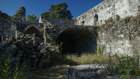 Las obras de Melón están paradas y sin resolver el destino del viejo monasterio