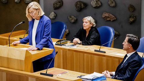 Sigrid Kaag presentó su dimisión después de que una mayoría del Parlamento neerlandés respaldara una moción de reprobación.