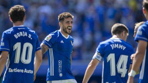David Costas celebra uno de los goles del Real Oviedo ante el FC Cartagena