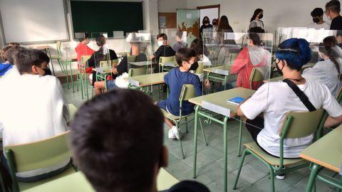 Los profesores de apoyo para compensar los problemas generados por la pandemia estarán en casi 200 institutos de toda la comunidad