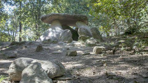 Dolmen de Axeitos, en Ribeira.