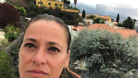 Beatriz Rodríguez Domínguez, hija de un emigrante gallego de Ordes que llegó a la isla hace 50 años, y cuya casa está a 4 kilómetros de la zona cero de Cumbre Vieja.