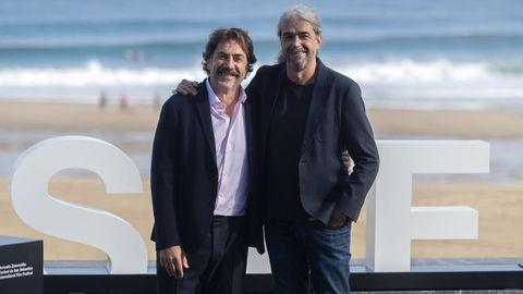 Javier Bardem (izquierda), con el director Fernando León.