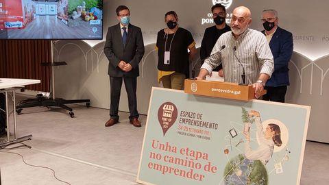 Presentación de la feria del emprendimiento Pont-Up Store en el Concello de Pontevedra