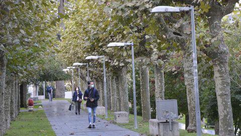 Lámparas inteligentes que miden la polución ambiental colocadas en el Campus de Ourense