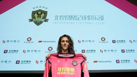 Vero Boquete, en su presentación con el BG Phoenix Football Club chino